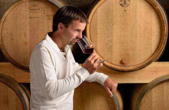 Weinverkostung im Weinkeller